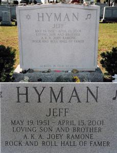 Joey Ramon (Jeff Hyman) headstone. Photo by Tony Fischer